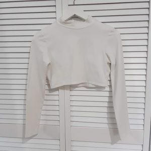 Pretty little thing white turtleneck long sleeves